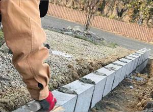 境界ブロックの造作・補修も承っております。
